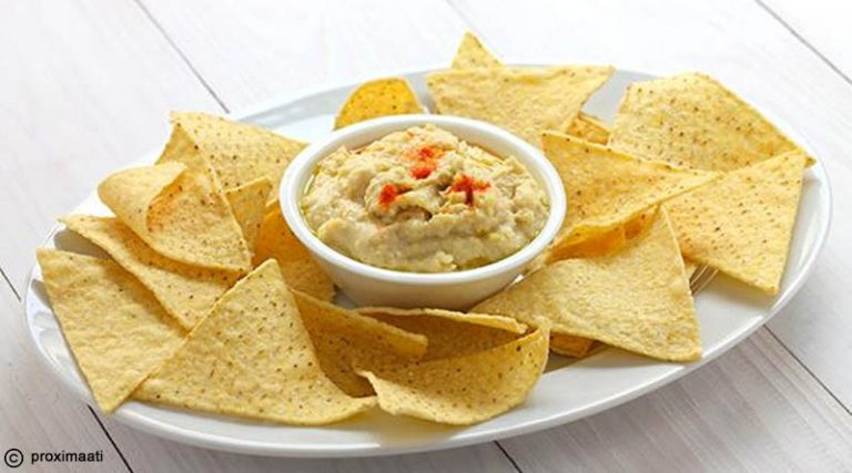 Corn chips and Hummus Dip