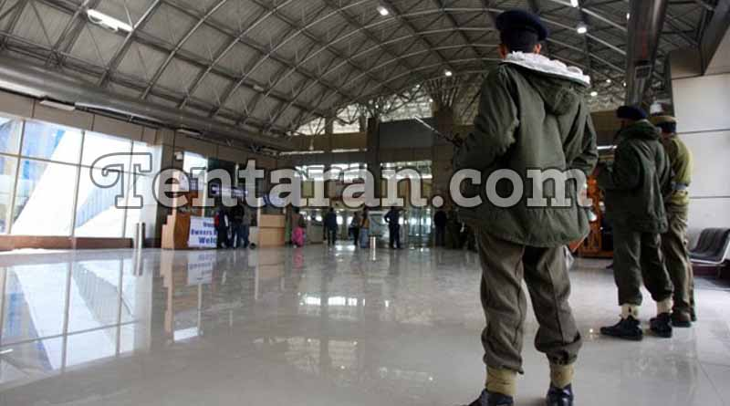 Soldier flying to Delhi, arrested with 2 grenades at Srinagar Airport
