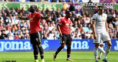 Manchester United Again Score 4 To Ease Past Swansea