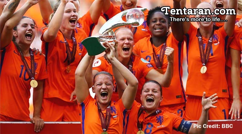 Netherlands Outplay Denmark 4-2