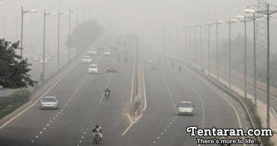 Delhi Gets Engulfed In Thick Blanket Of Haze As Pollution Levels Reach Severe