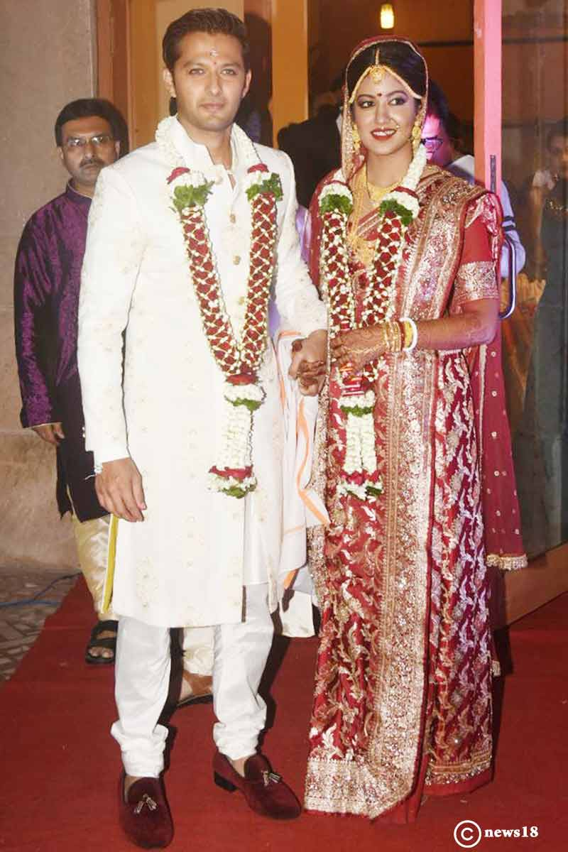 Vatsal Sheth ties the knot with Firangi's actress Ishita Dutta